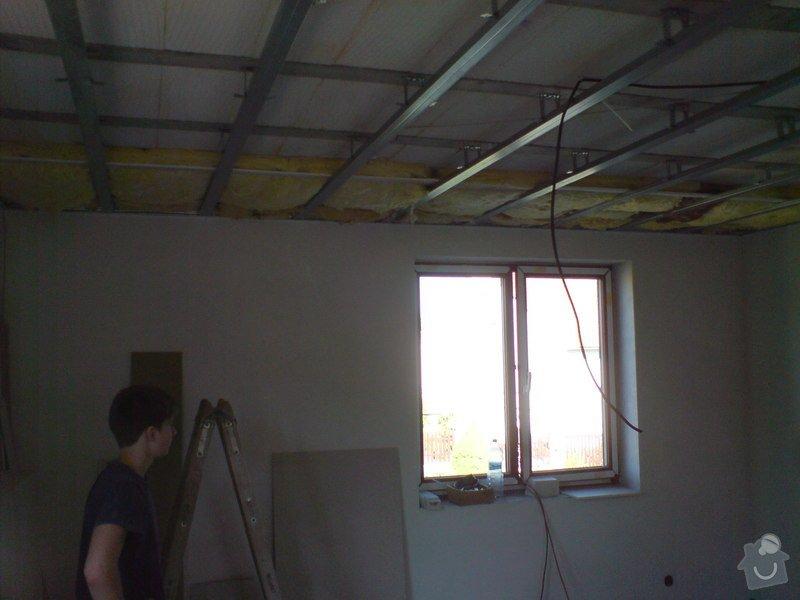 Sádrokartonové stropní podhledy půdní vestavby a přízemí : DSC00065