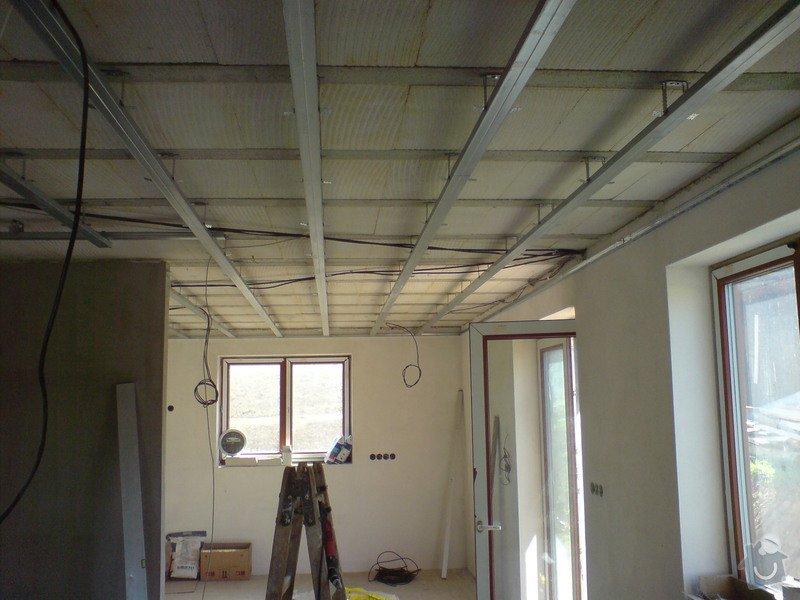 Sádrokartonové stropní podhledy půdní vestavby a přízemí : DSC00066