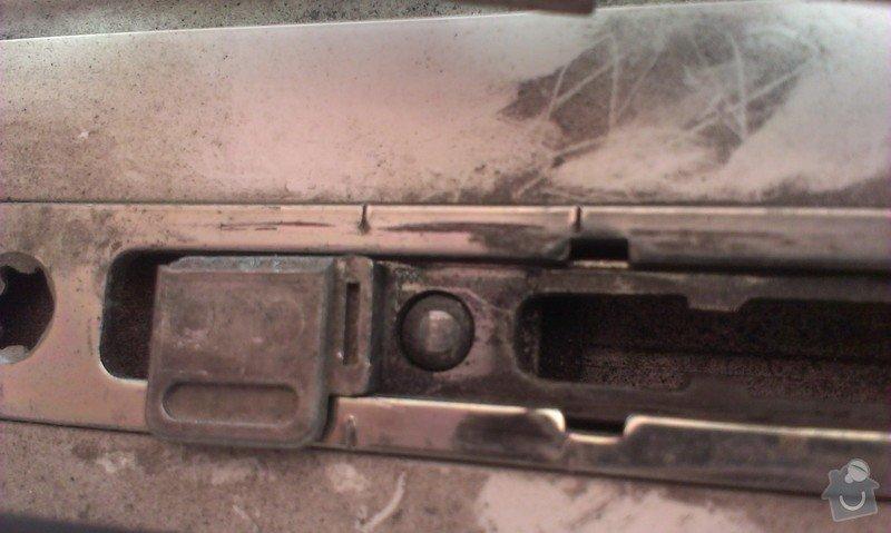 Oprava kování plastových dveří (balkon): 2014-10-28_12.07.13