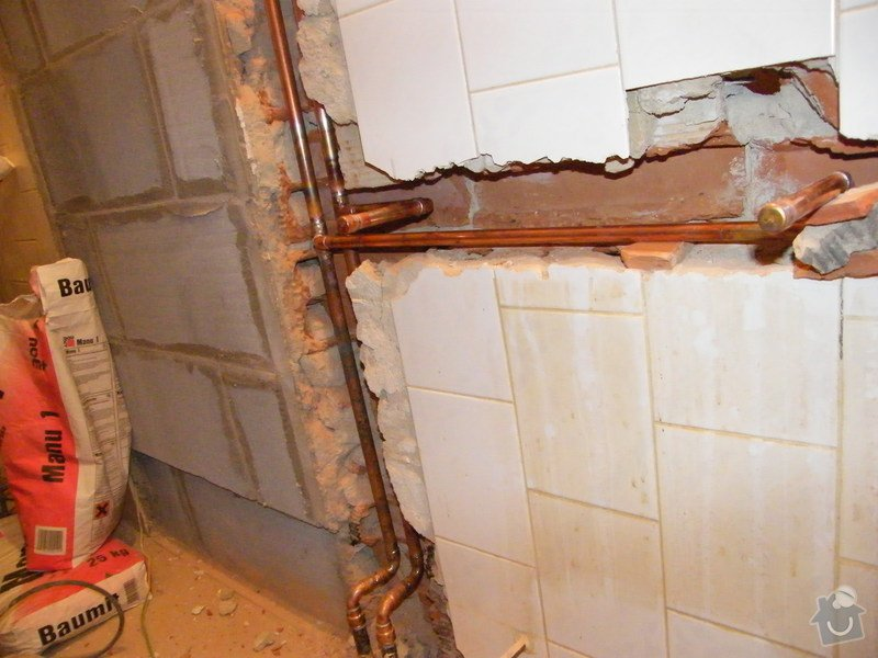 Rekonstrukce koupelny: DSCF6209