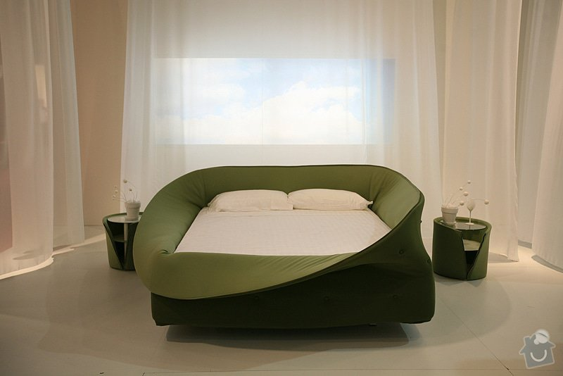 Výroba atypické čalouněné postele: 4378860366_6d11ce8e41_b