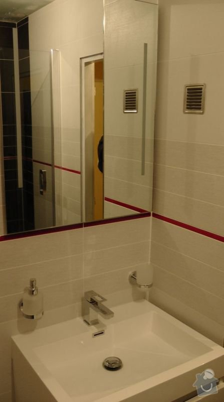Rekonstrukce koupelny : 208-07