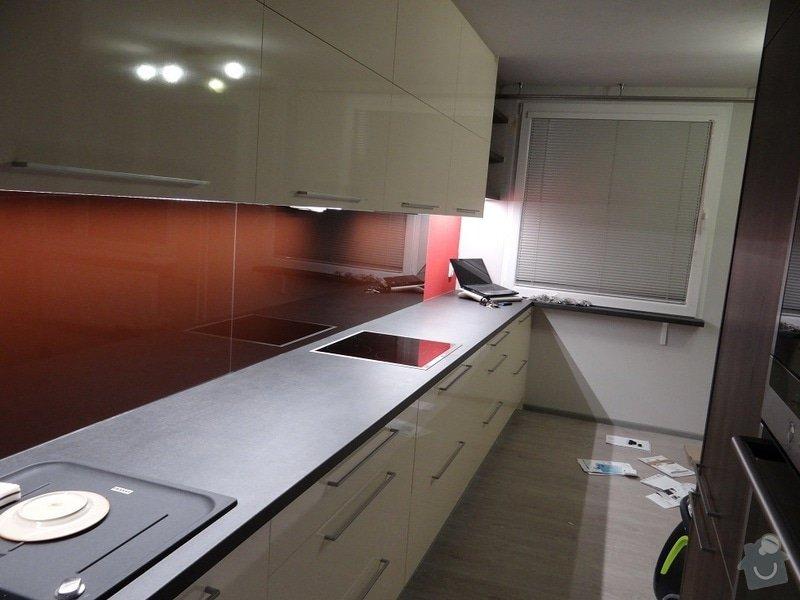 Kuchyně do panelového bytu: DSC01904s