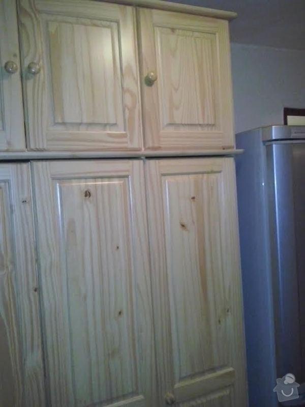 Vestavěná skříň borovice: skrin
