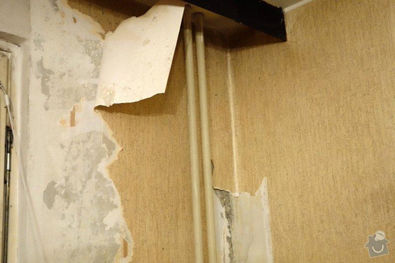 Interiér paneláku:loupání tapet+štuk+malování: DSC02616