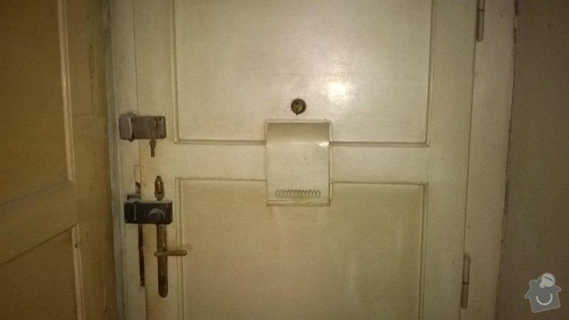 Rekonštrukcia drevených vchodových dverí (nie folia) +vyroba drevencyh skriniek na mieru nad dvere. : WP_20140529_022