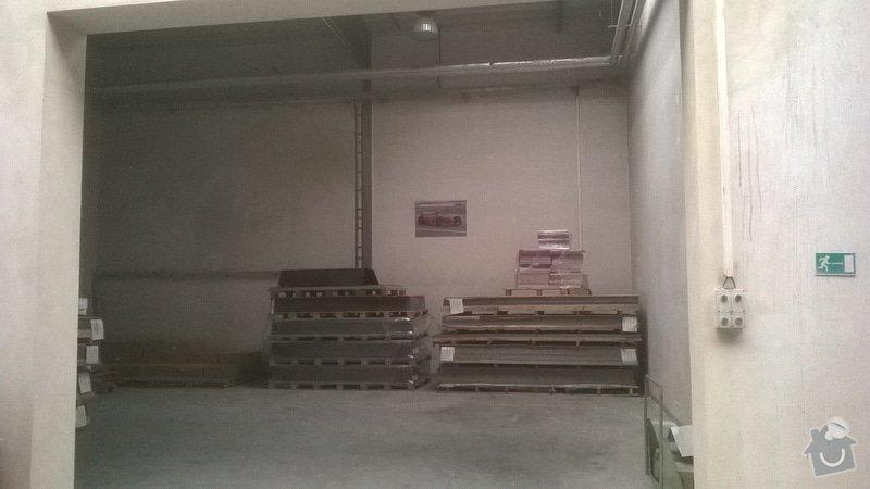 Úklid skladové haly: WP_20141111_002