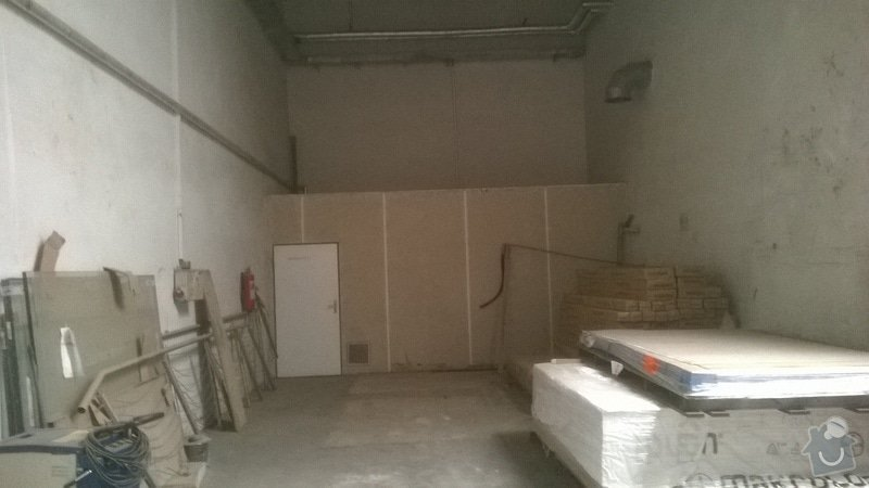 Úklid skladové haly: WP_20141111_004