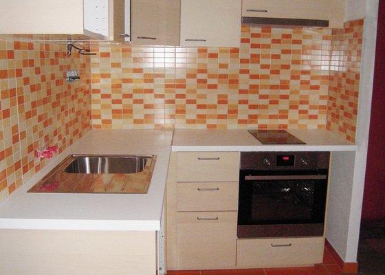 Montáž a instalace kuchyně IKEA včetně zapojení spotřebičů.