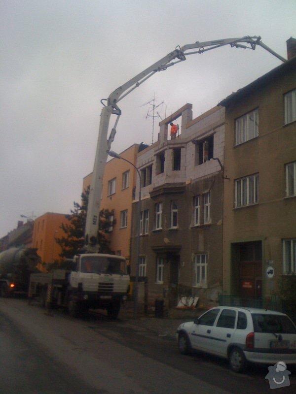 Nástavba 2 pater (4 bytů) na bytovém domě na klíč: IMG_1072