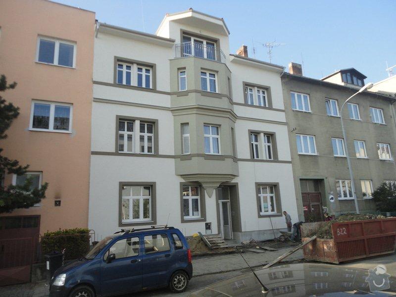 Nástavba 2 pater (4 bytů) na bytovém domě na klíč: DSC07626