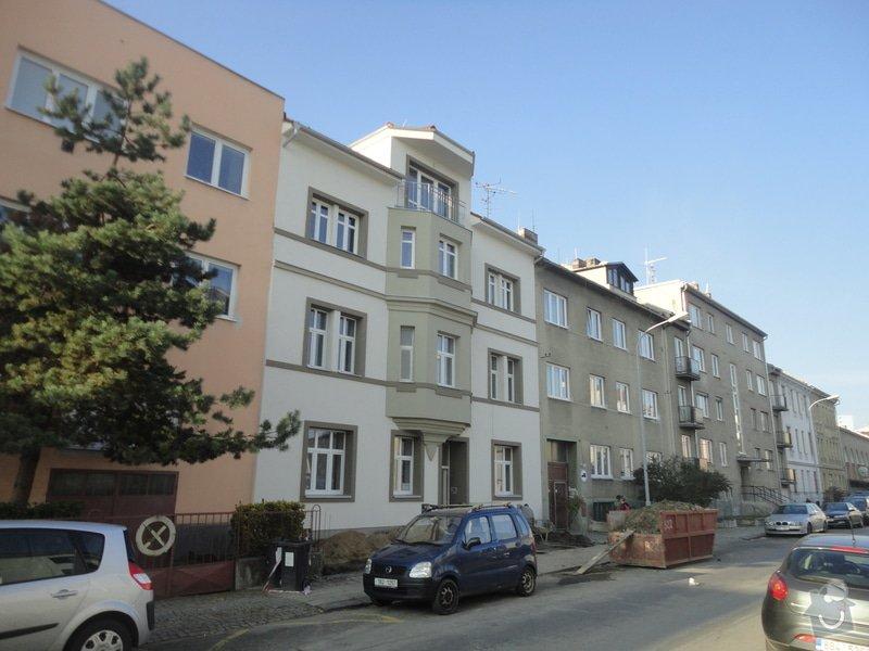 Nástavba 2 pater (4 bytů) na bytovém domě na klíč: DSC07627