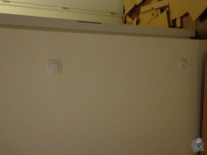 Posunutí vypínače a zásuvky: DSC02420
