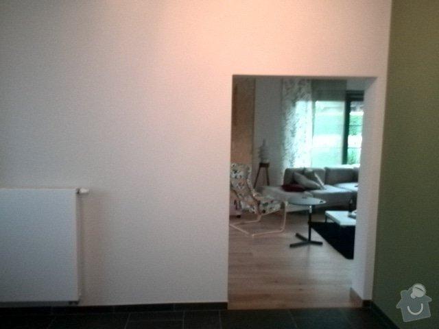 Dřevěné posuvné dverě 2X. Dřevěný bar z  dubového masivu: posuvne_dvere_prizemi_druha_strana_120cm