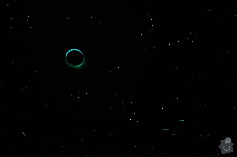 Noční obloha v ložnici dospělých i v dětském pokoji: DSC_0689