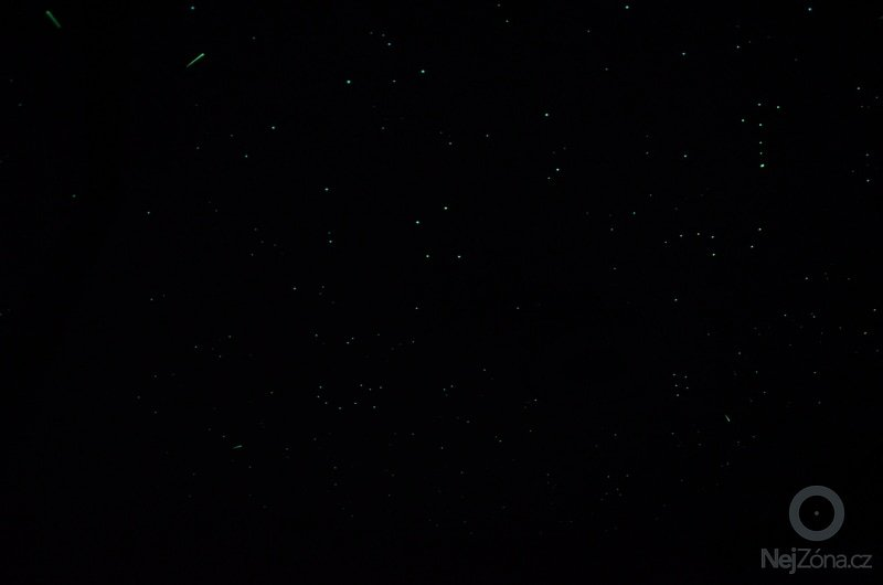 Noční obloha v ložnici dospělých i v dětském pokoji: DSC_0724