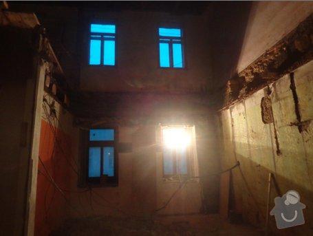 Rekonstrukce rodinného domu na náměstí: rekonstruk