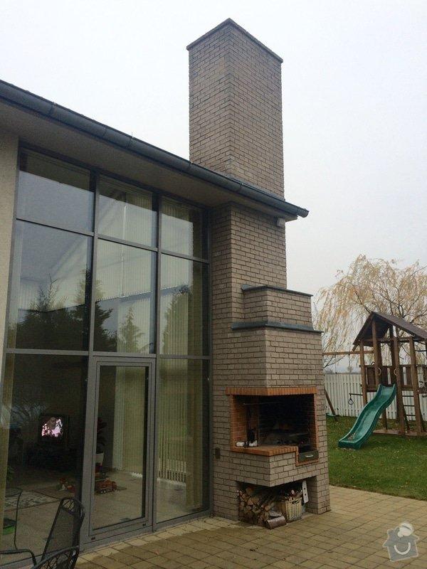 Oprava - zatekani ze strechy (urgentni): komin_z_venku