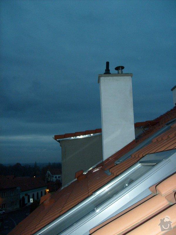Odvětrání kanalizace nad střechu: komin_pro_uchyceni_kanalizace