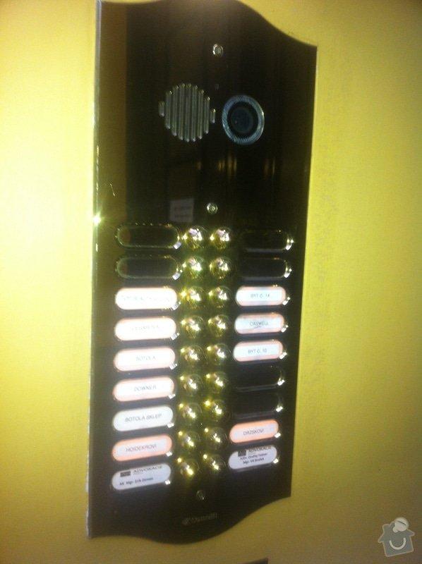 Domovni zvonky s Videem a kodovou volbou ci RF cipem: IMG_3210