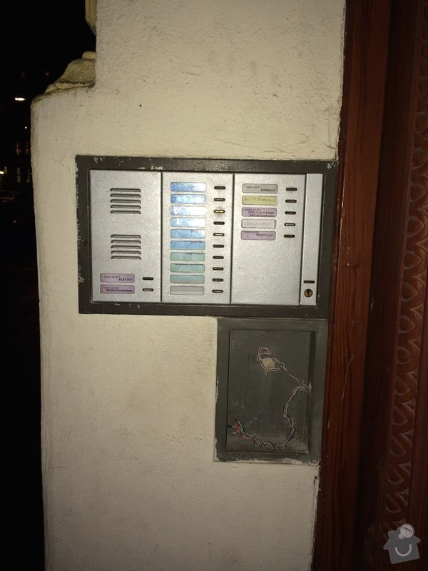 Domovni zvonky s Videem a kodovou volbou ci RF cipem: IMG_1908