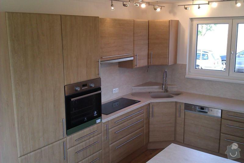 Truhlářské práce (kuchyň.linku, vestavěné skříně, nábytek..): IMAG0057_1_