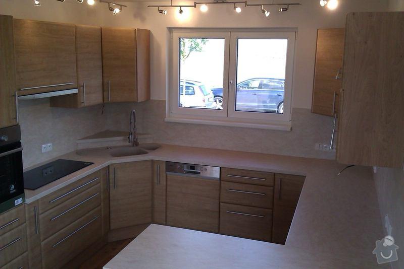 Truhlářské práce (kuchyň.linku, vestavěné skříně, nábytek..): IMAG0058_1_