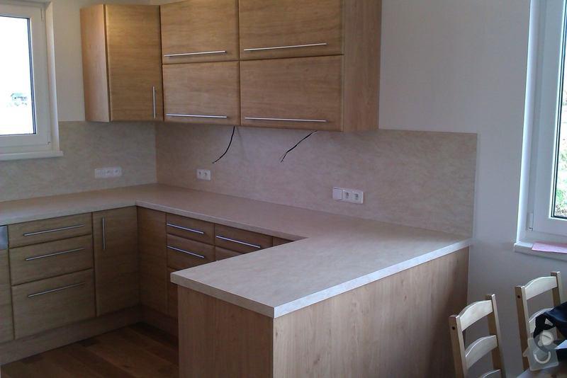 Truhlářské práce (kuchyň.linku, vestavěné skříně, nábytek..): IMAG0060_1_