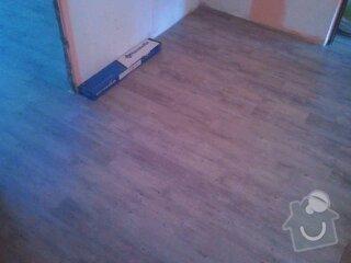 Srovnání podlahy samonivelační stěrkou, montáž vinylu, soklování, montáž prahu a přechodových lišt: 1364820924607