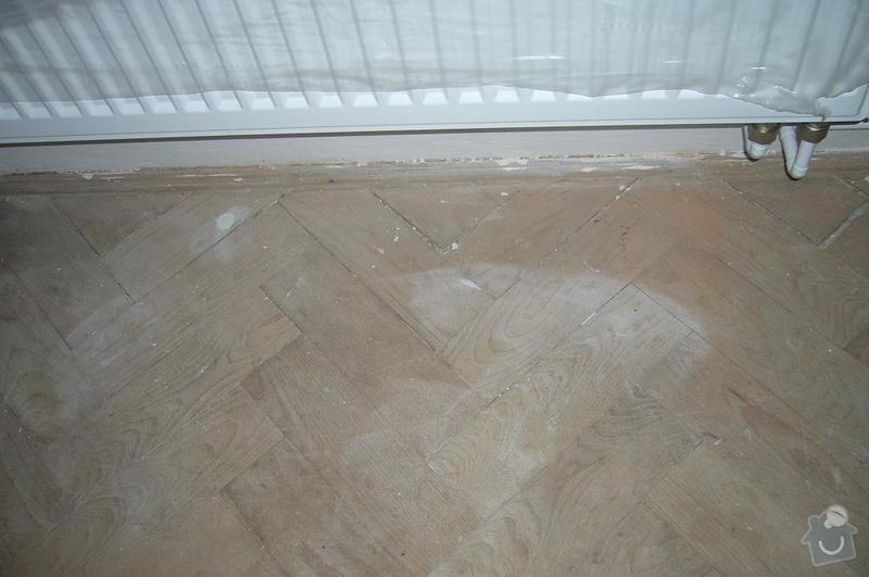 Rekonstrukce dřevěné parketové podlahy: P1100446