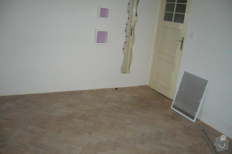 Rekonstrukce dřevěné parketové podlahy: P1100448