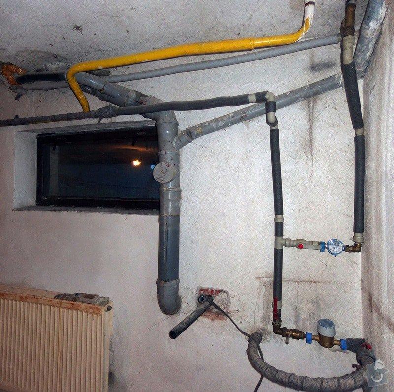 Rekonstrukce místnosti: _Group_1_-PA300012_PA300013-2_images