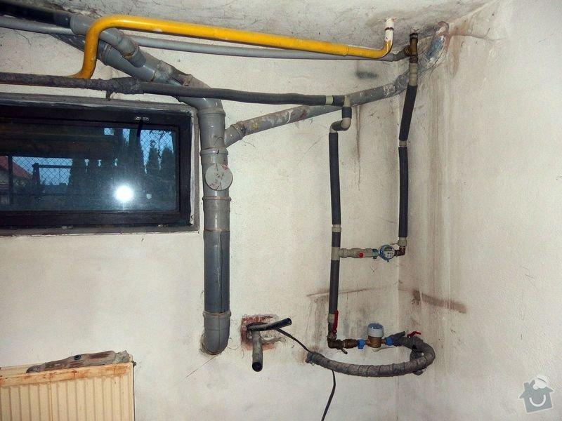 Rekonstrukce místnosti: PA300003