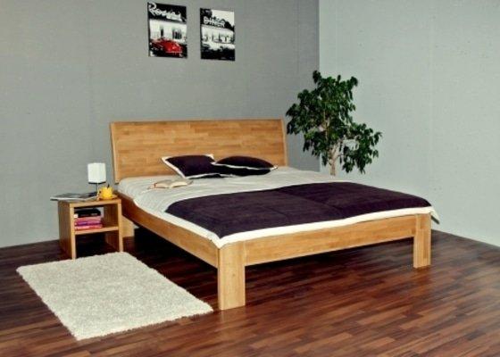 Manželská postel z masivu - ze smrku