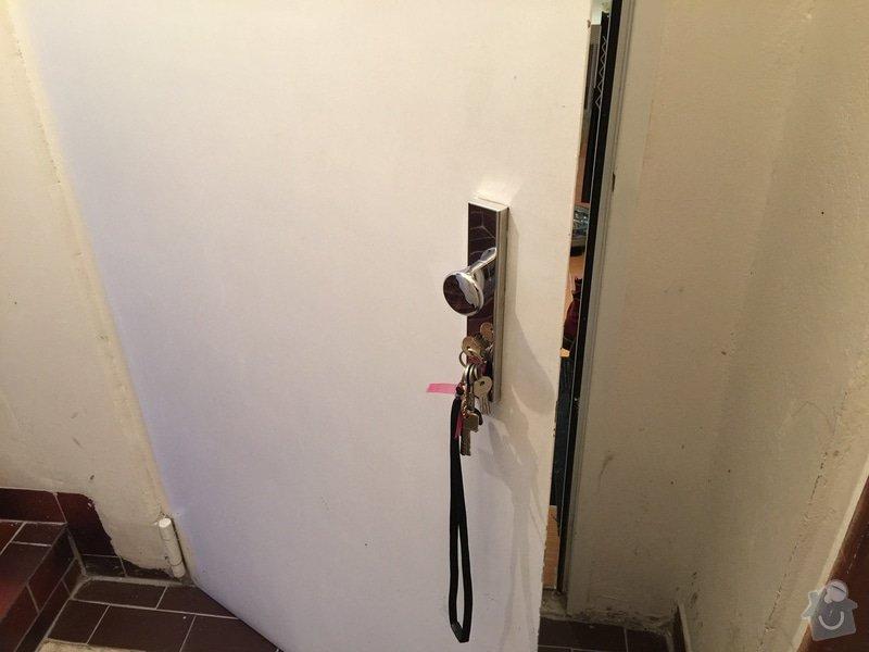 Změna otevírání vchodových bezpečnostních dveří: IMG_1779