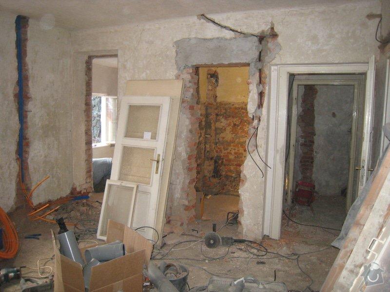 Rekonstrukce podkrovního bytu: IMG_0336