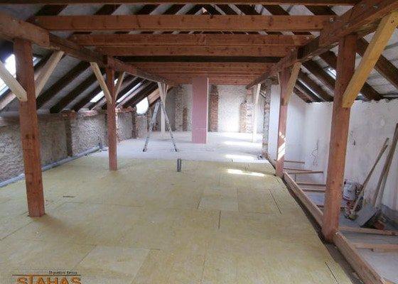 Rekonstrukce podkroví a střechy