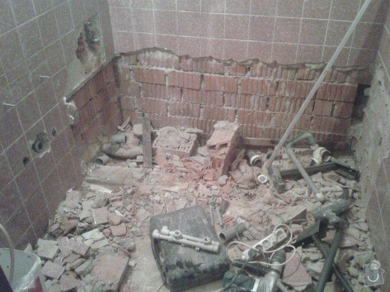 rekonstrukce koupelny v cihlovém domě: 20141118_114103