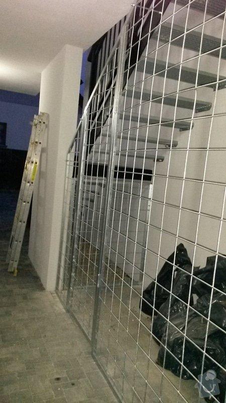 Mříž pod schody celková plocha cca10m2: 20141126_162922