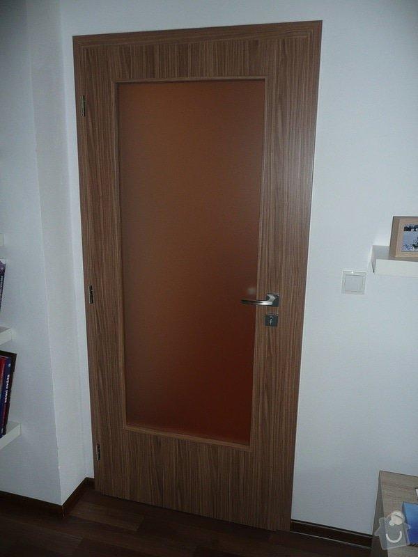 Podlaha, dveře, kuchyňská linka, botník: Sobota_5