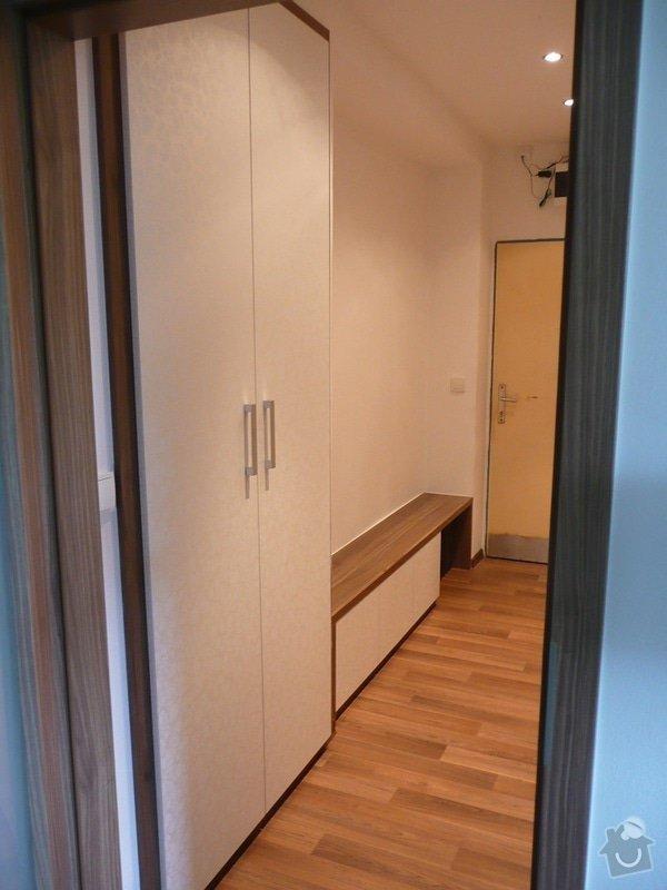 Podlaha, dveře, kuchyňská linka, botník: Sobota_7