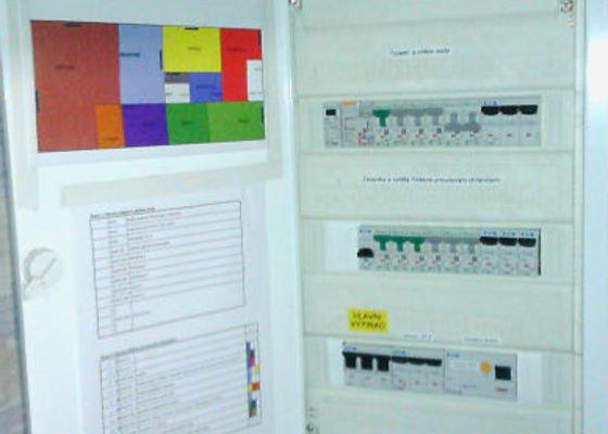 Opravu elektroinstalace v rodinném domku