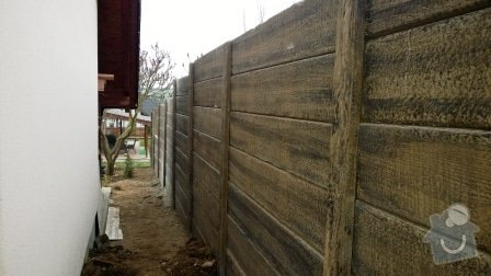 Brož beton - tvář dřeva: Plot_Tvar_dreva_Plzen_Lhota_10_38_bm