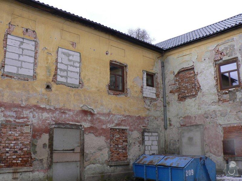 Fasáda, vyztužení rodinného domu a klempířské práce: P1150759