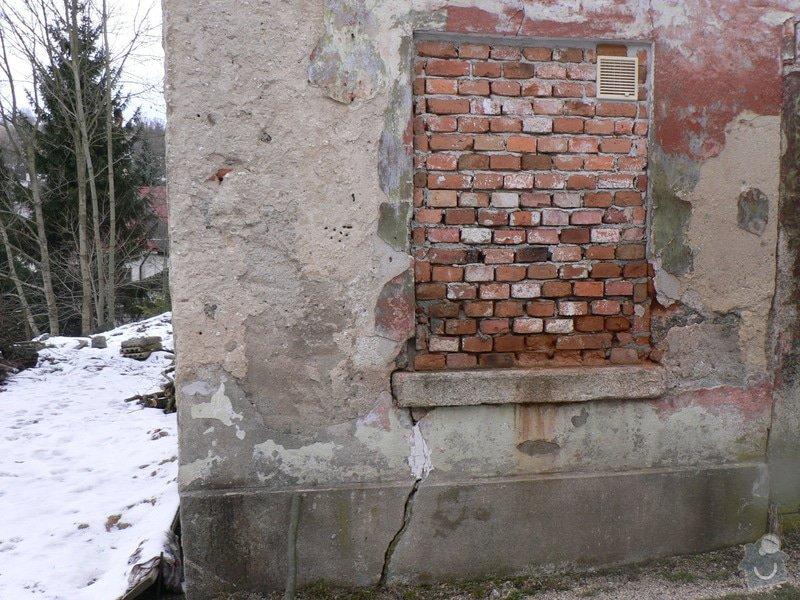 Fasáda, vyztužení rodinného domu a klempířské práce: P1150763