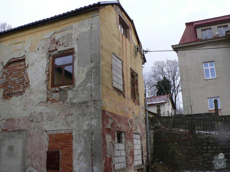 Fasáda, vyztužení rodinného domu a klempířské práce: P1150764