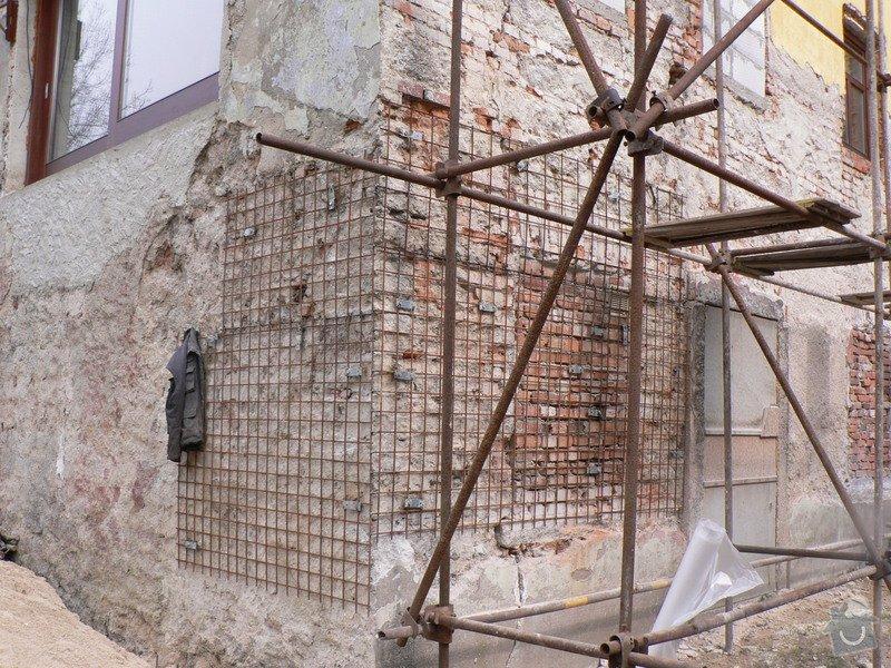 Fasáda, vyztužení rodinného domu a klempířské práce: P1160121