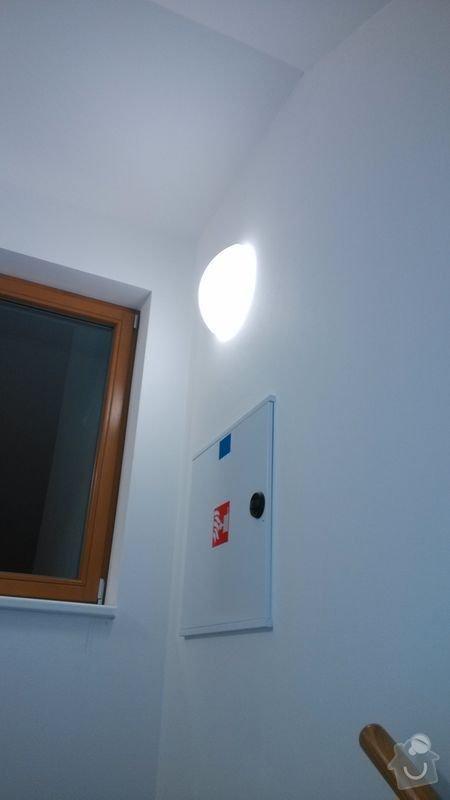 Změna osvětlení v bytovém domě na pohybová čidla: Svetlo22