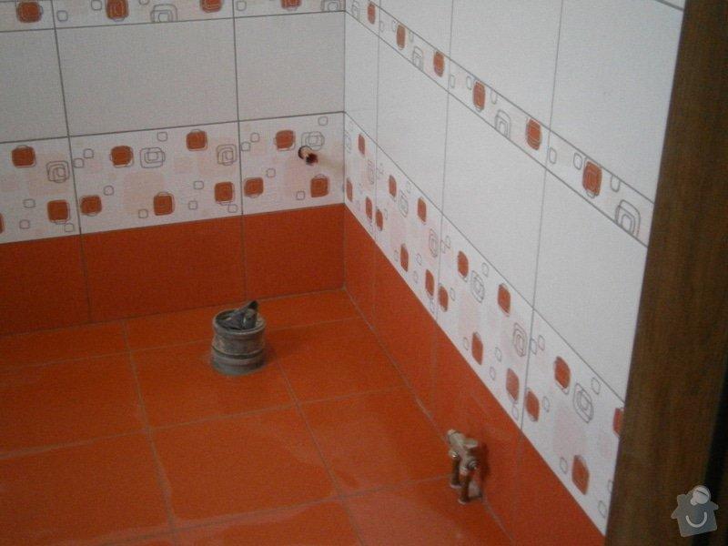 Obklad a dlažba WC s umyvadlem: 009