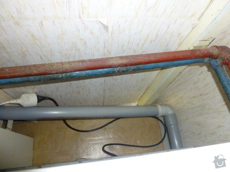 Výměna kovového ležatého rozvodu vody v panelovém bytě. : P1060146